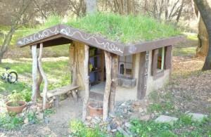 Kinderspielhaus Im Garten - Nah An Der Natur - Energieleben Kinder Spielhaus Garten