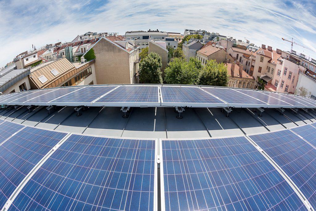 3) PV auf Mehrparteienhäusern Bildrechte: Wien Energie/Ludwig Schedl